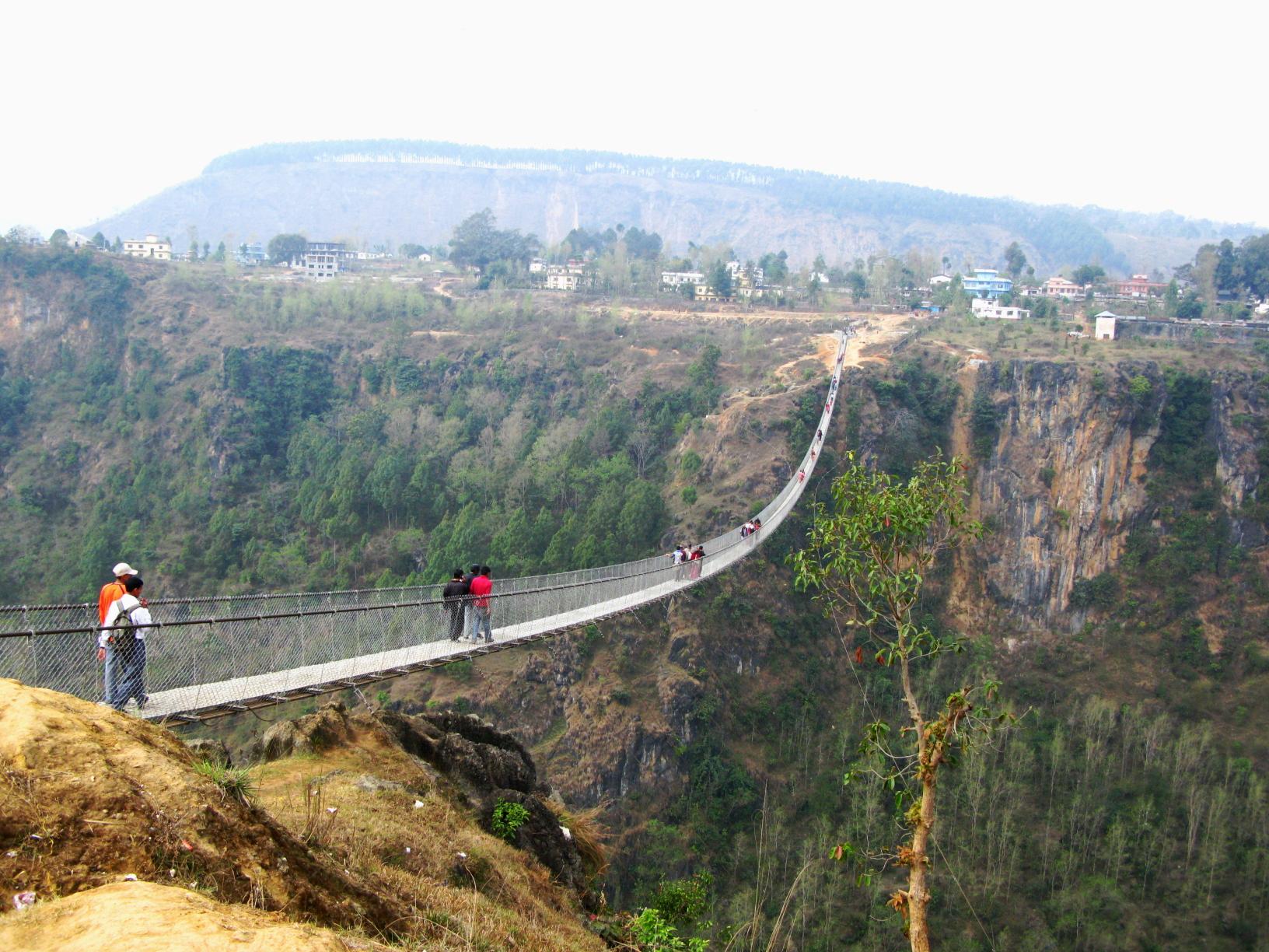 पर्वतमा हालसम्मकै अग्लो र लामो पुल बन्ने