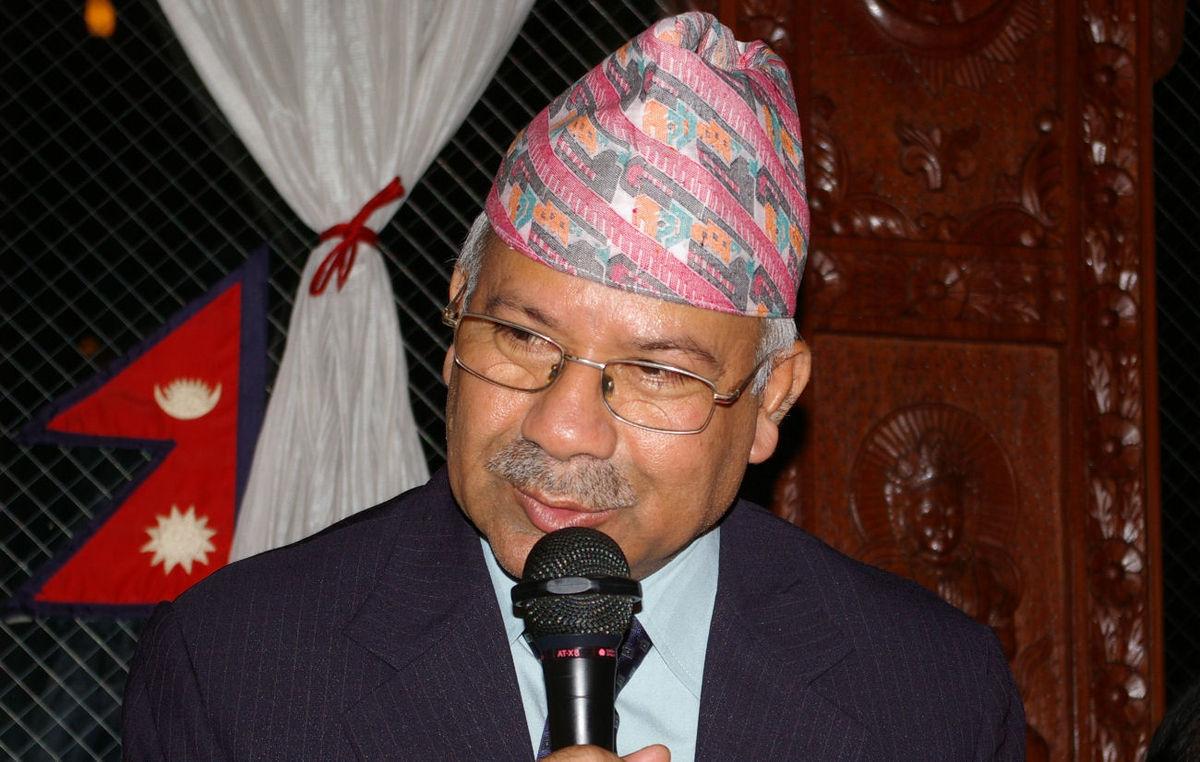 पार्टी र सरकार कसरी सञ्चालन गर्ने प्याकेजमा सहमति हुनुपर्छ, दुई अध्यक्ष मिलेर मात्रै हुँदैन : माधव नेपाल