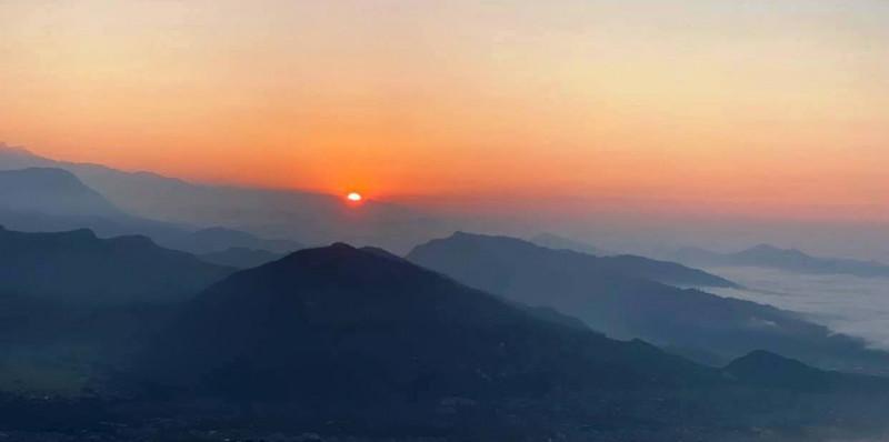 आहा! सराङकोटको सूर्योदय (तस्वीरहरू)